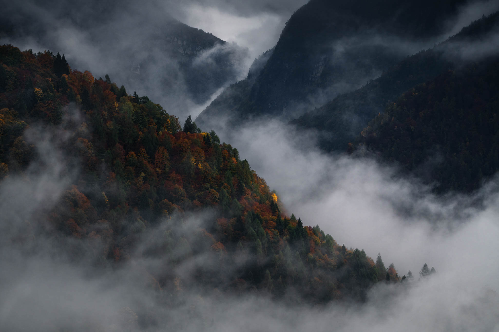 Layers and fog in the Dolomites